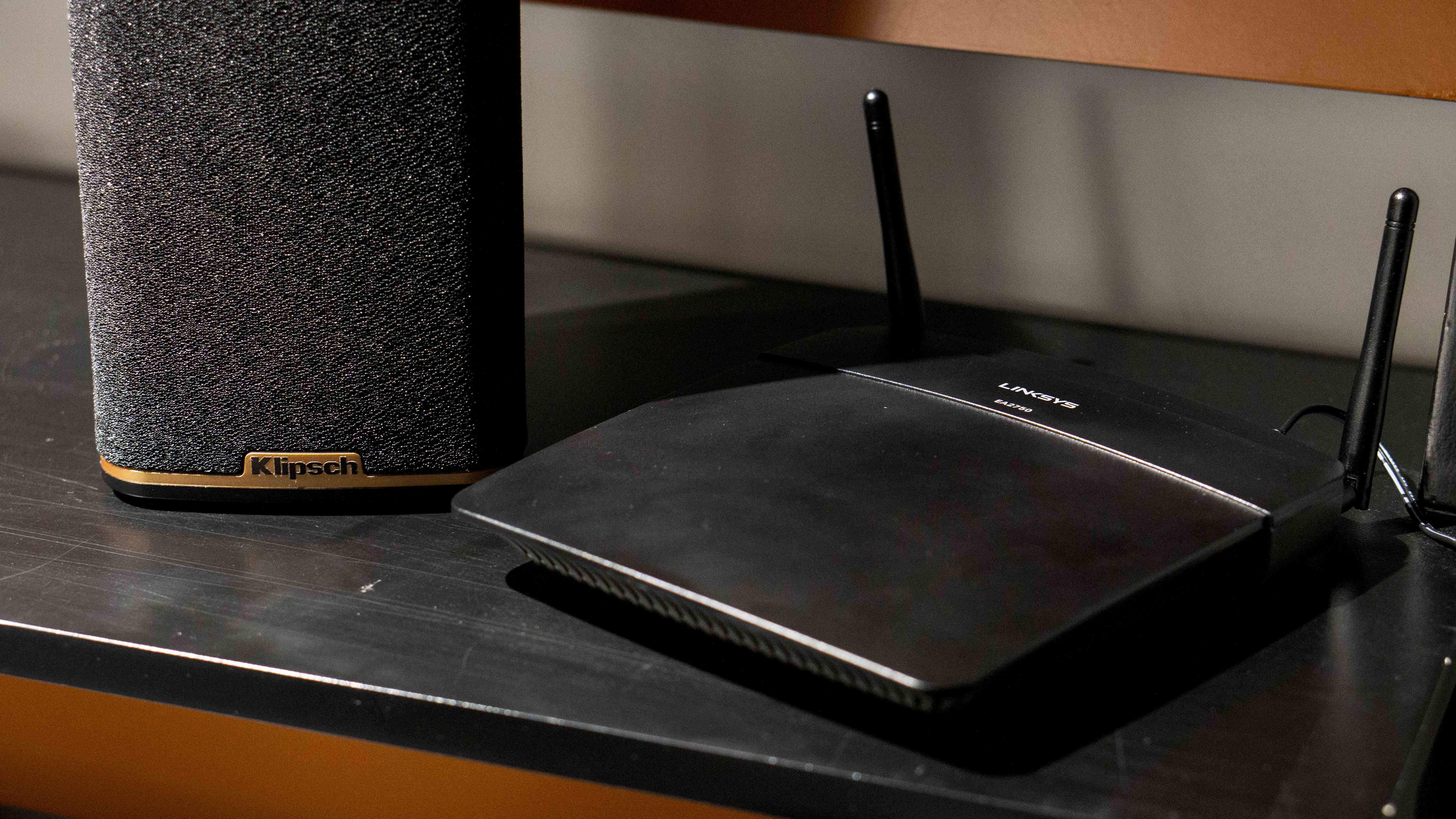 Router suitable with Klipsch stream