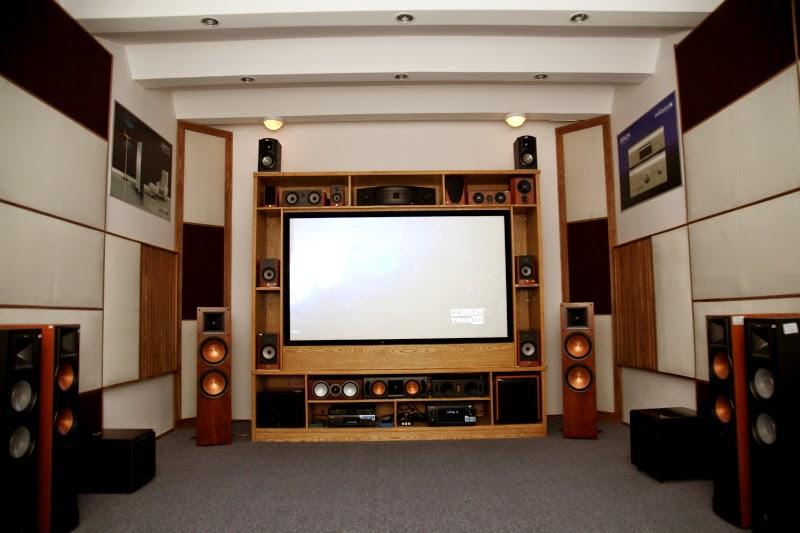 Vị trí đặt loa Sub so với tivi, màn chiếu và loa chính